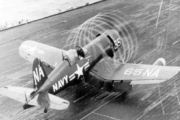 """Heroes on Deck"" reveals WWII sunken aircraft secrets"