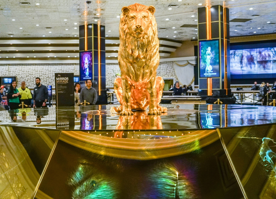 """""""MIrror Mirage"""" at MGM's Leo the Lion statue"""