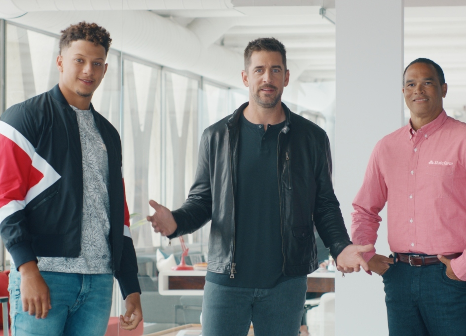 Rodgers, Mahomes talk agents in new State Farm work