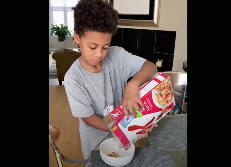 Kellogg's campaign thanks those bringing us breakfast