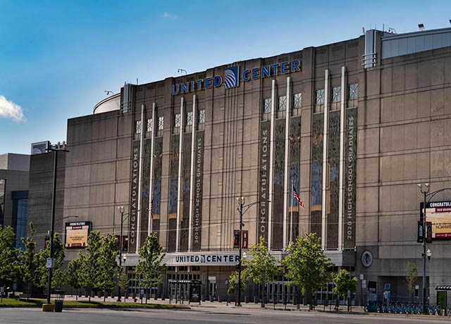 Chicago's United Center becomes Federal Vaccination Site