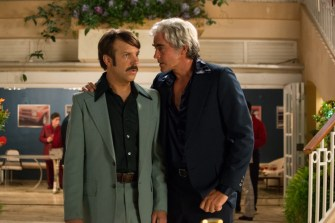(L-R) Jason Sudeikis as Jim Hoffman and Lee Pace as John DeLorean in Universal Pictures Content Group's crime thriller comedy DRIVEN. Photo courtesy of Universal Pictures Content Group.
