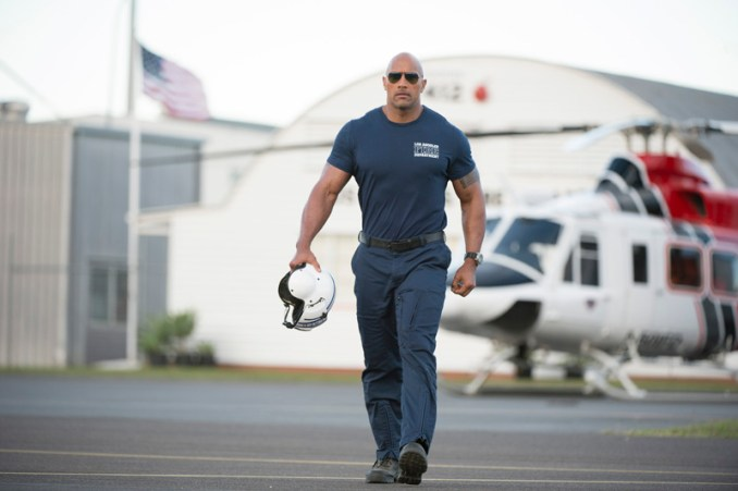 """(L-r) CARLA GUGINO as Emma and DWAYNE JOHNSON as Ray in the action thriller """"SAN ANDREAS,"""" a production of New Line Cinema and Village Roadshow Pictures, released by Warner Bros. Pictures."""