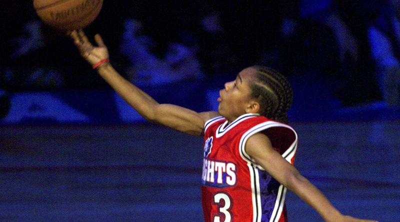 A close up screenshot of Shad Moss, aka Lil Bow Wow, dunking a basketball as Calvin Cambridge in the 2000 comedic movie, Like Mike.