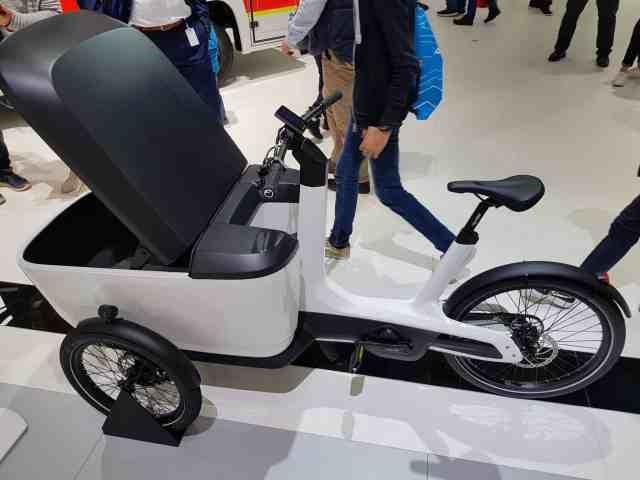 VW Lastenrad e-cargobike lastenfahrrad IAA 2018 Volkswagen