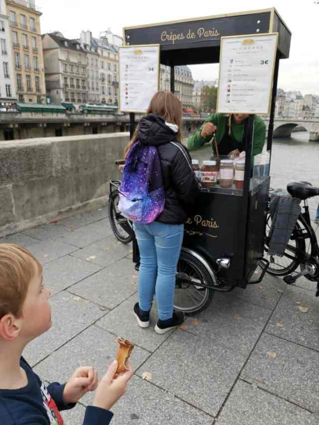 Crepe Verkäufer Paris