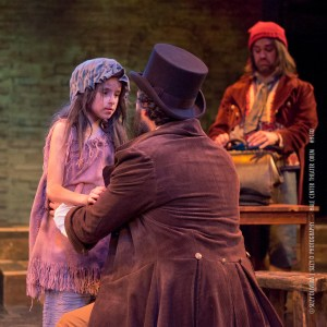 Young Cosette (Reese Oliveira)