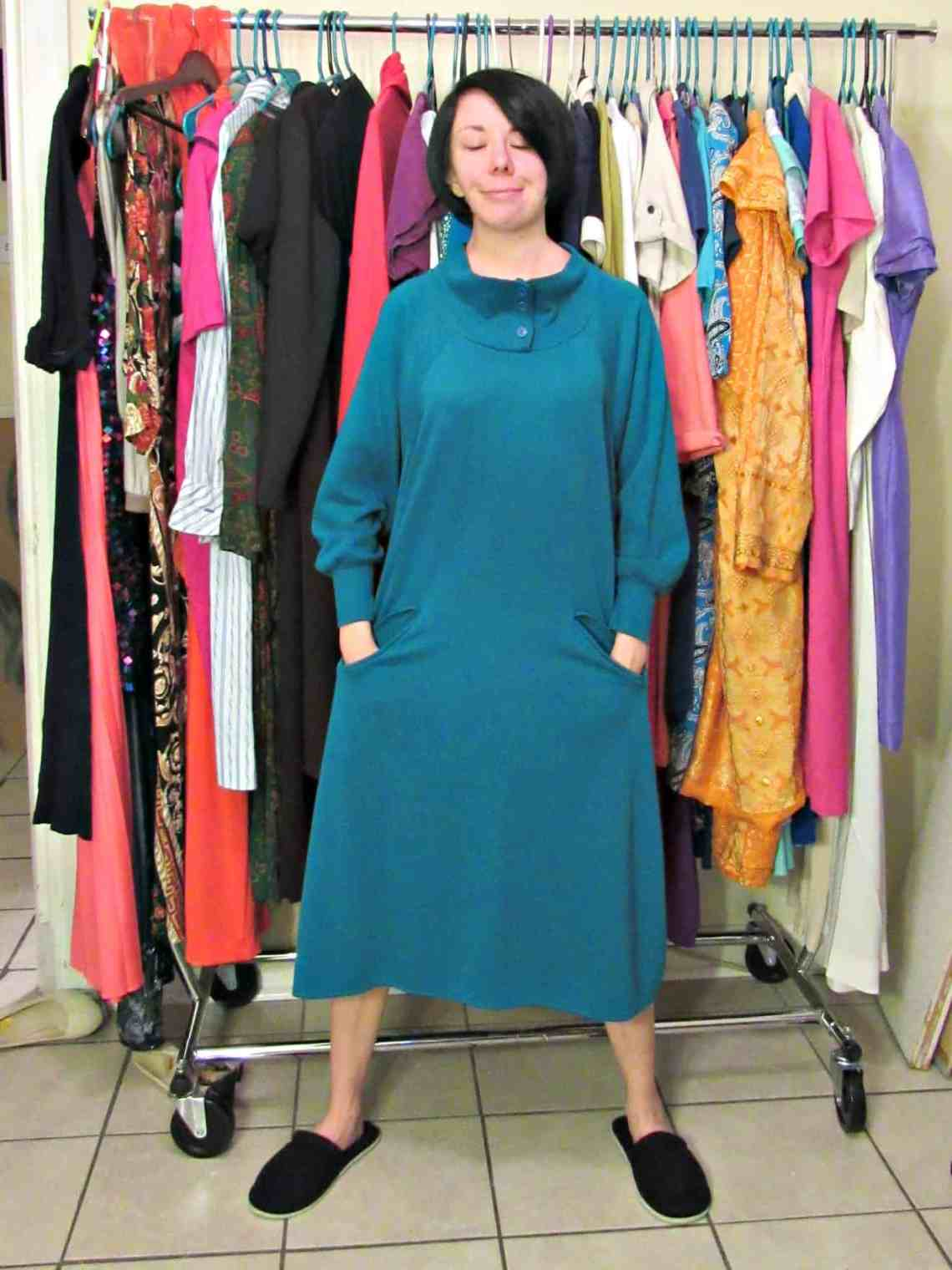 A No-Sew Cozy Tunic Dress 17