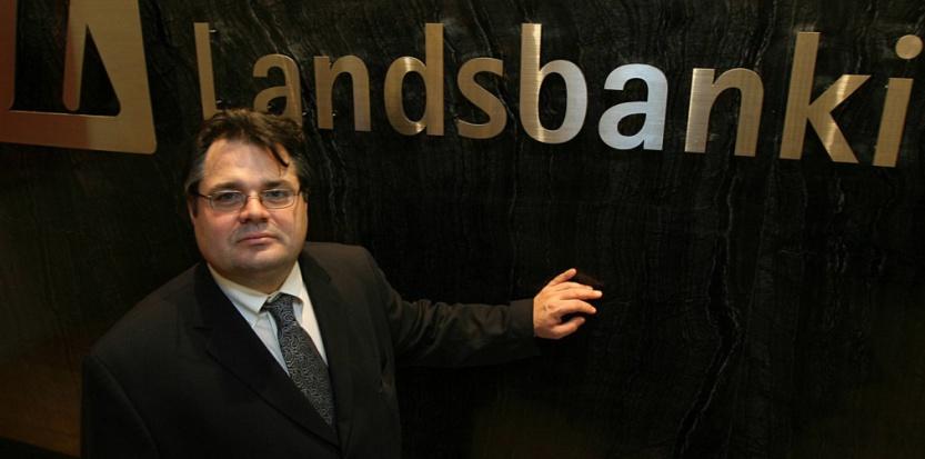 Sigurjon Arnason en 2007, CEO à cette époque de Landsbanki, deuxième banque d'Islande (MIKE CLARKE / AFP)