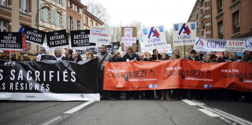 Manifestation des petits patrons à l'appel de la CGPME, lundi 1er décembre 2014 (REMY GABALDA / AFP)