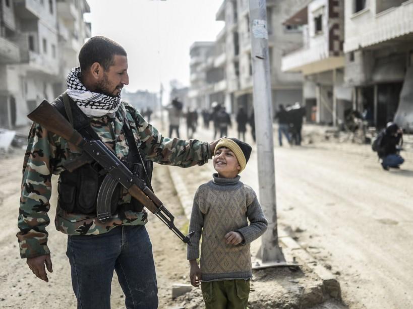 EN IMAGES. Syrie : dans les ruines de Kobané