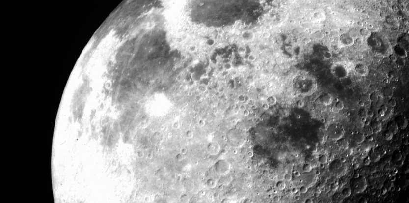 La Lune photographiée en novembre 1969 par la mission Apollo 12. © Nasa