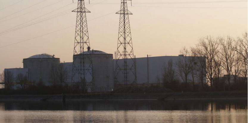 La fermeture de la centrale nucléaire de Fessenheim est une promesse de campagne de François Hollande (MICHELE TANTUSSI/ SIPA/SIPA)