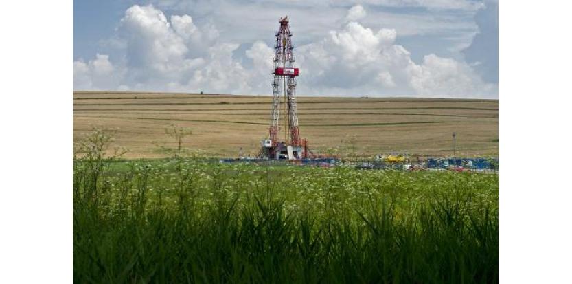 Une foreuse sur un site d'exploitation de gaz de schiste en Roumanie (c) Afp