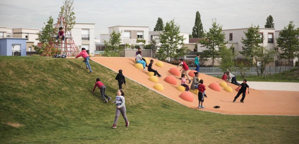 Le parc Georges-Valbon, près du quartier des Trois-Rivières à Stains. (Cyril Bonnet/L'Obs)
