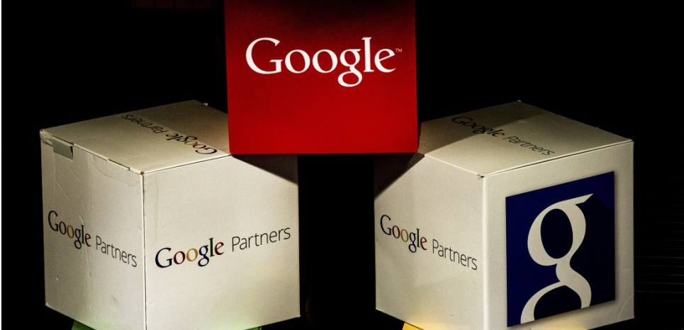 Le logo Google sera bientôt remplacé (DENIS CHARLET / AFP)