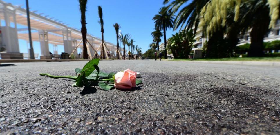 """Le tueur de Nice """"radicalisé très rapidement"""" : le point sur l'enquête, 48 heures après"""