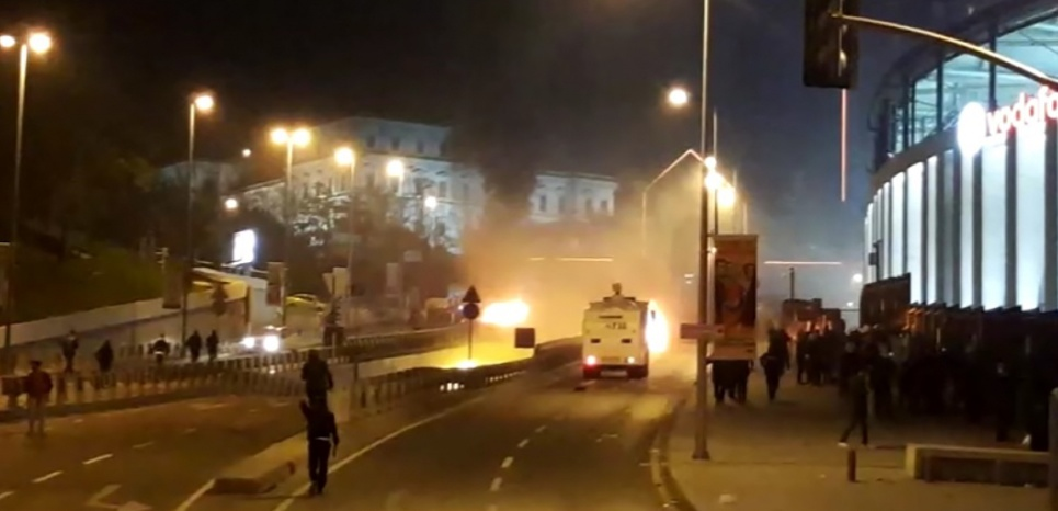 TURQUIE. 38 morts à Istanbul dans un double attentat revendiqué par un groupe kurde