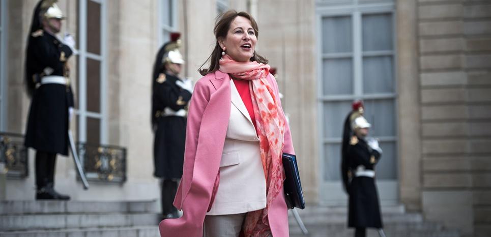 Royal tacle (encore) Valls : est-elle un agent secret de Macron ?