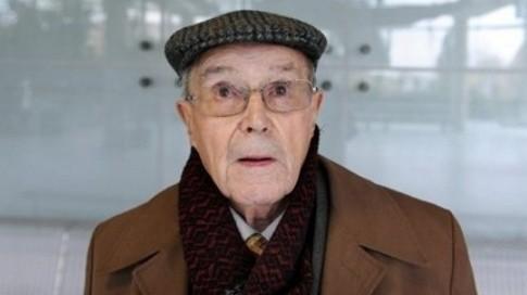L'ancien mineur Norbert Gilmez, le 19 novembre 2008 devant le tribunal des prud'hommes de Nanterre. (c) Afp
