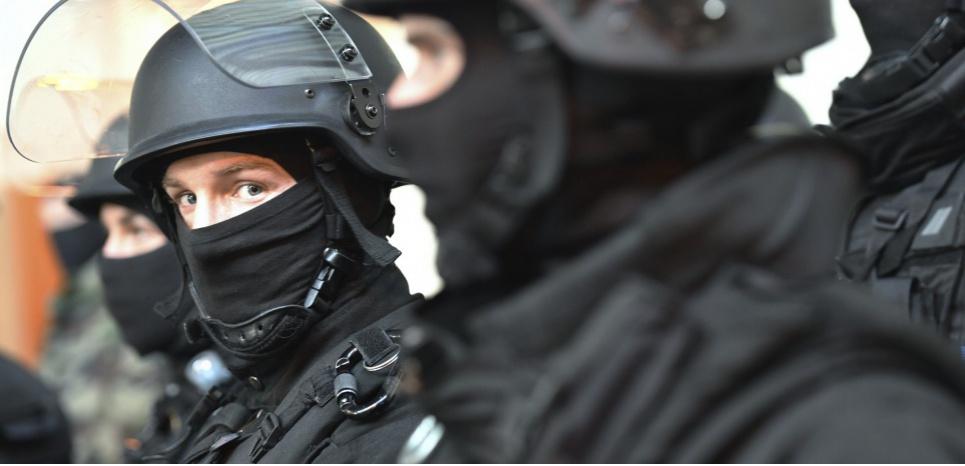Etat d'urgence dans le droit commun: les terroristes ont-ils eu notre haine ?