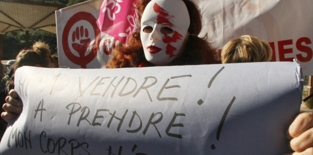 Manifestation contre la prostitution le 26 novembre 2011, journée mondiale contre les violences faites aux femmes. RAYMOND ROIG / AFP