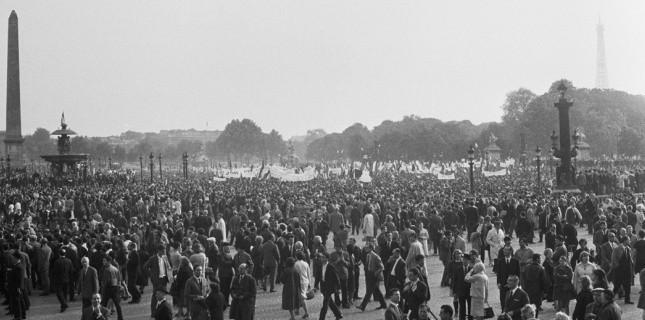 Manifestation gaulliste le 30 mai 1968 (Sipa)