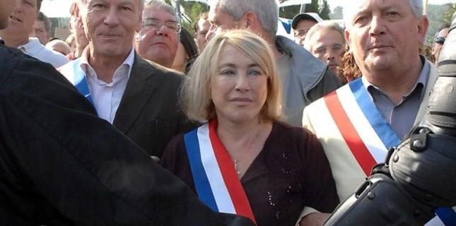Maryse Joissains-Masini conteste la légitimité de François Hollande TSCHAEN/SIPA