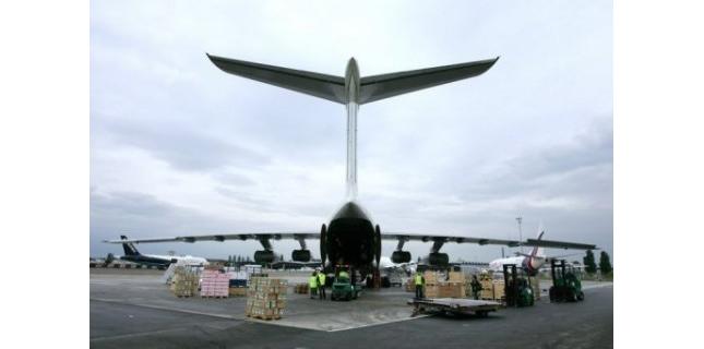 Un avion-cargo en provenance de Pointe-Noire au Congo a raté son atterrissage à l'aéroport de Brazzaville faisant une vingtaine de morts parmi les habitants du quartier, a-t-on appris auprès des pompiers congolais.<br />(c) Afp