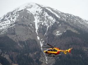 PHOTOS. Crash d'un Airbus A320 : les secours s'organisent
