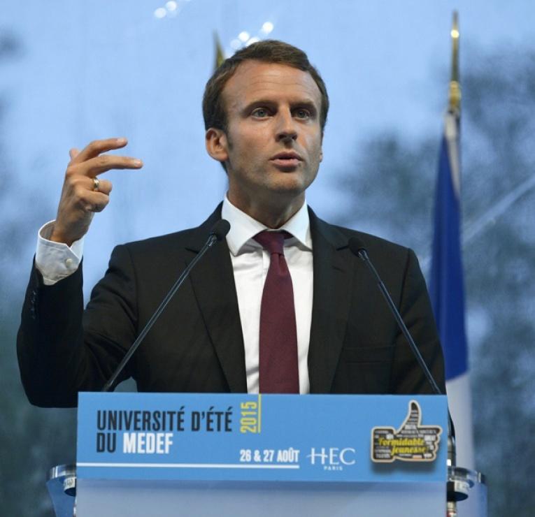 Macron : une doctrine forte, une action entravée