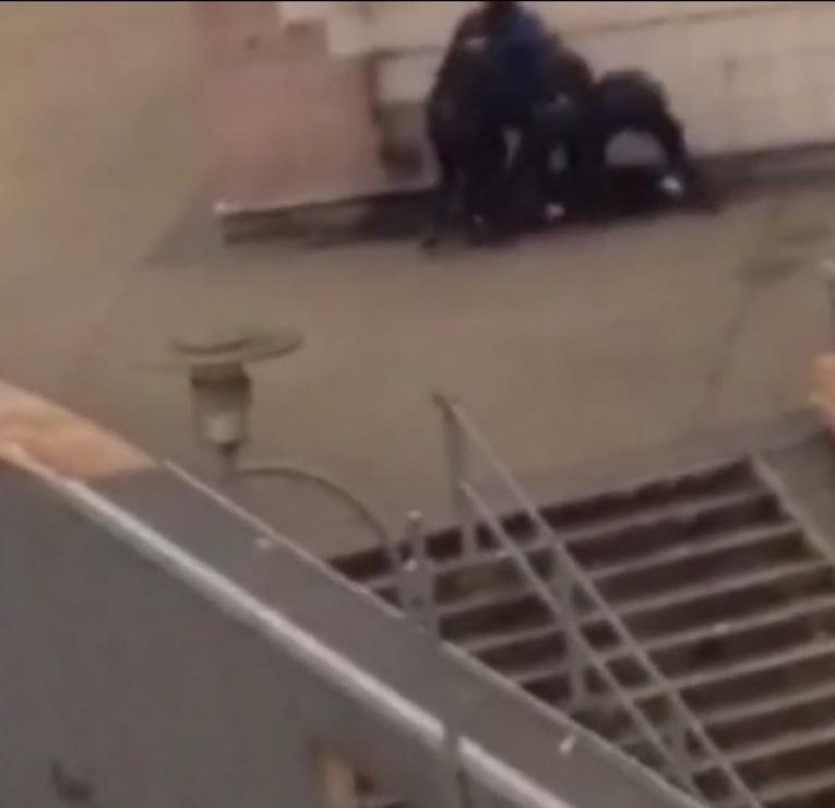Viol présumé de Théo par un policier : les deux versions qui s'affrontent