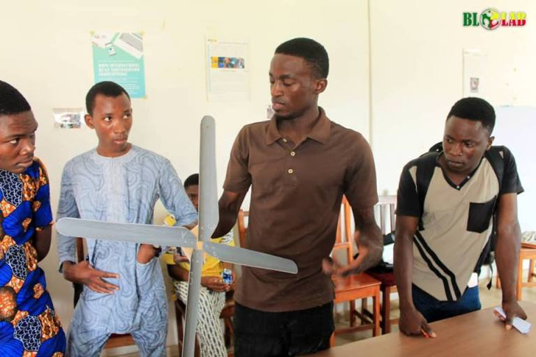 Atelier Eolienne au Blolab à Cotonou