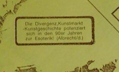 """Einkopierter Aufkleber """"Die Divergenz, Kunstmarkt Kunstgeschichte..."""" auf einem Kalender, 1990, Sammlung Klaus Bushoff"""