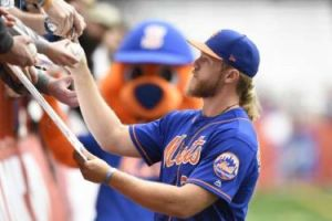 Noah Syndergaard, Signing in Syracuse NY (Photo: SF Chronicle)