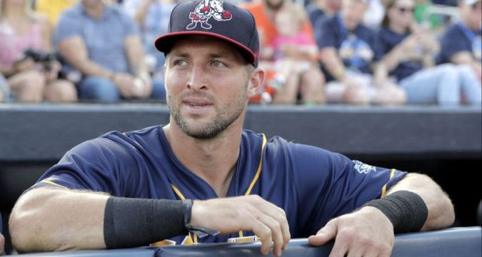 Tim Tebow - End Of The Line? (Photo: LA Times)