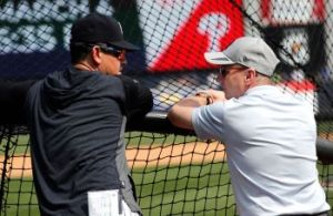 Cashman and Boone trying to figure it out (N.Y. Post: Charles Wenzelberg)