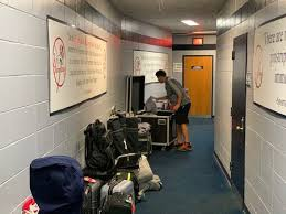 2020 Playoffs a test for all personnel (Yankees Equipment Manager)