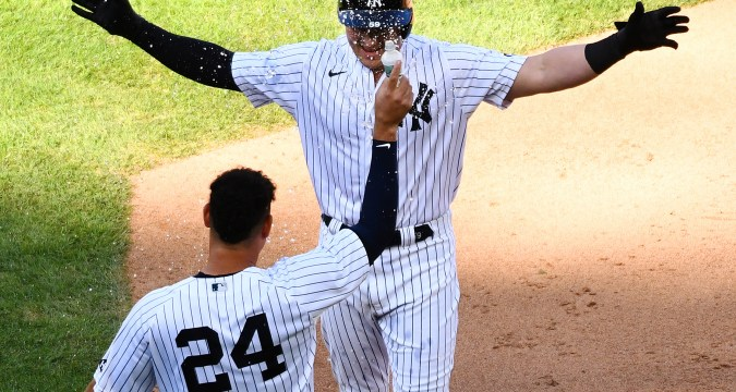 Yankees On A Roll Playing Small Ball (NY Post)