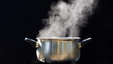 For pouring hot water laced with pepper on his wife, man appears in court