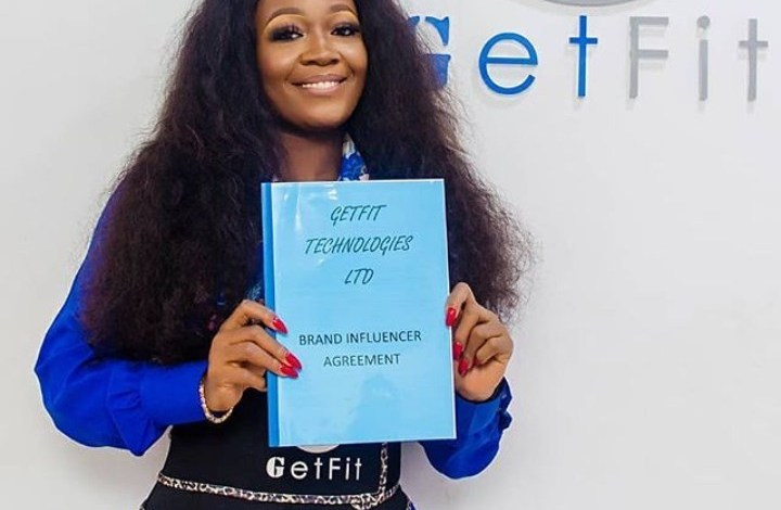Photo of Lucy Signs New Deal, Call Out Lucination To Join Her Use GetFit Trainers [Video]