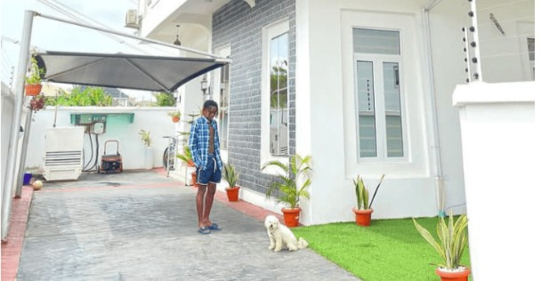 Singer Fireboy Joins The League of Celebrity Mansion Owner in Lagos