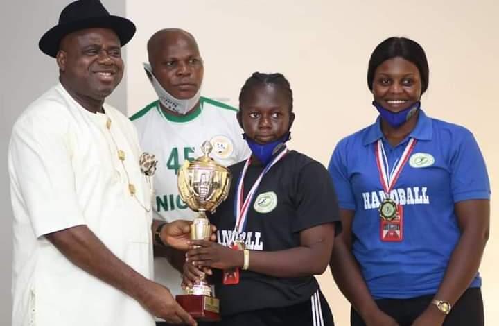 Diri Rewards Victorious State Female Handball Team With Cash Prize