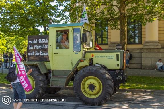 Einige Bauern waren mit ihren Traktoren zur Demo gekommen