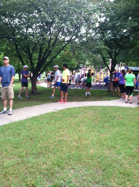 People filling up the park before the 5K