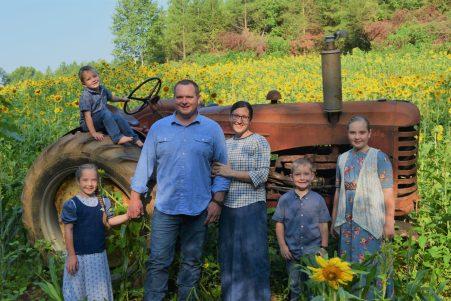 Jenna & Steven Yoder Family