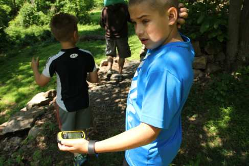 Geocaching_Kids_Family_Summer