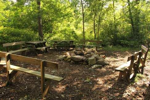 Campfire_Retreat_Outdoor_Summer
