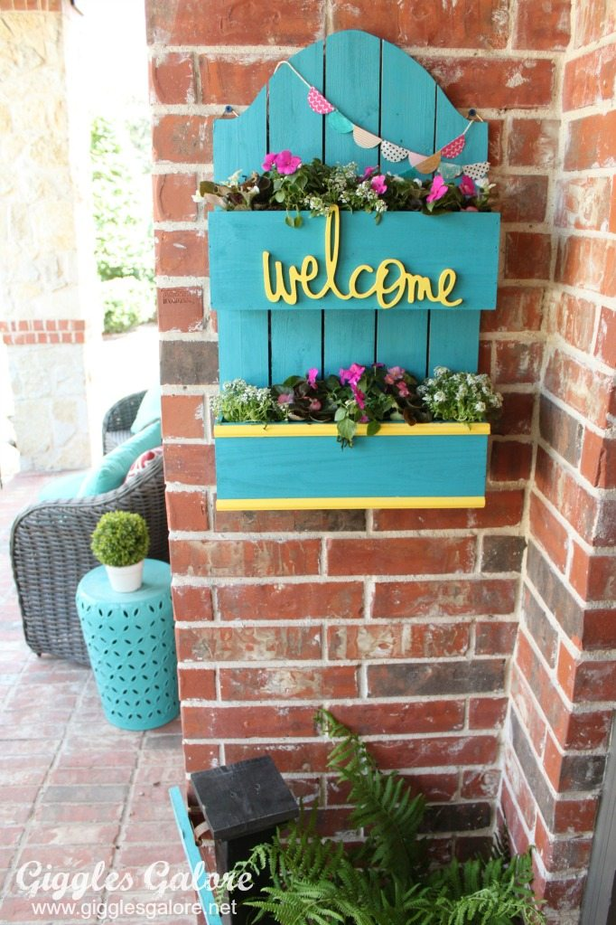 Front-Porch-Spring-Planter-Box