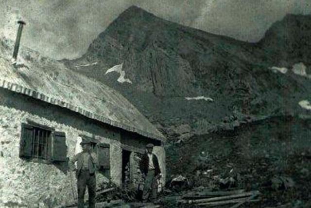 le refuge d'Estagnous - au debut de 1900